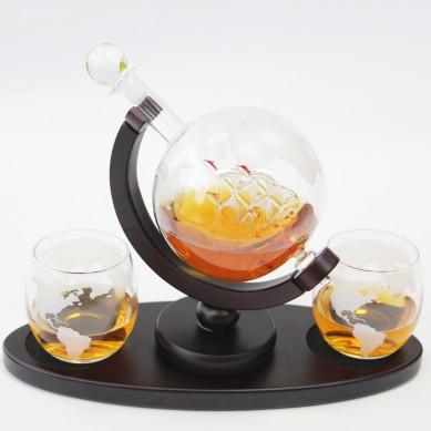 Etched World Globe Decanter for Liquor Bourbon Vodka with 2 Glasses Premium gift box Home Bar Accessories