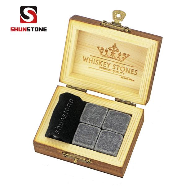 8 Year Exporter Ice Rocks - new arrivals 2019 amazon 4pcs of Mongolian black whiskey stone and black velvet bags into Outer Burning Wood Box high quality – Shunstone