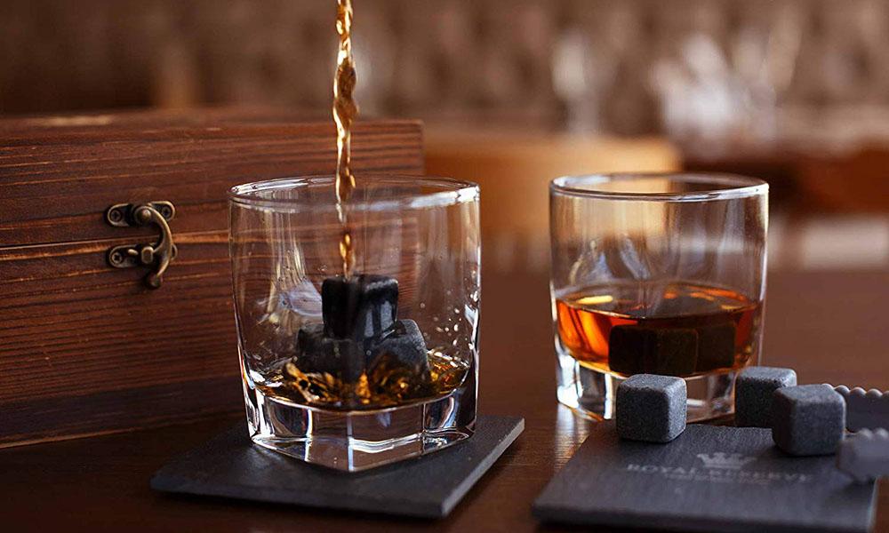 OEM/ODM China Globe Decanter - Customized Pine Wood Box Wine Whisky Stone Gift Set Drink Ice Cube Rocks with Crystal Shot Glasses and Slate Glossy Coasters – Shunstone