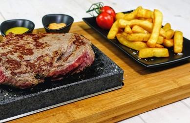 Steak Stone Grill Set Sizzling Lava Stone Steak Set matt black gift set