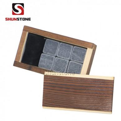 Kombineeritud Korduvkasutusega jääkuubikuid Whiskey Stone Puidust Box Set New Design peatükid Whiskey Kivid Hea hinnaga kvaliteetse