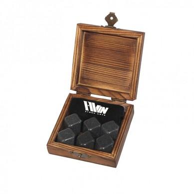 Promotion Liquor and Wine Cooler 6 pcs of polish Black Diamonds Rocks Chilling Stones Whiskey Ice Stones Granite Gift Set