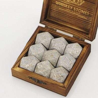 Popular whiskey set Small wooden box Diamonds whiskey stone 9 pcs of high quantity chilling stone